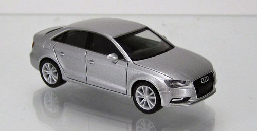 Audi A3® Limousine eissilber met. / ice silver met.