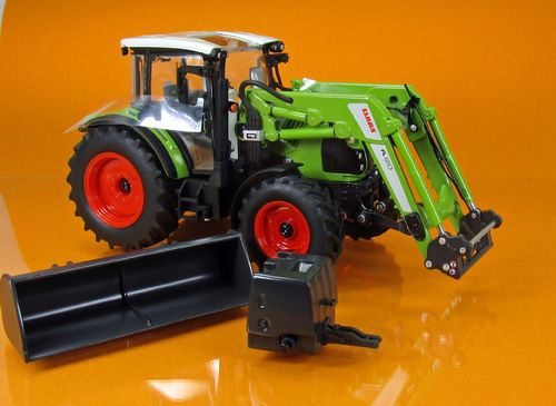Claas Arion 430 mit Frontlader 120 - Maßstab/Scale 1:32