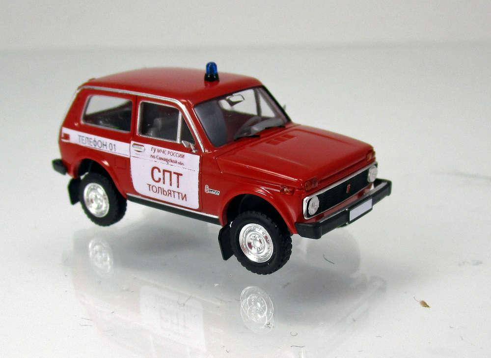 1//87 Brekina Lada Niva Feuerwehr Russland 27235