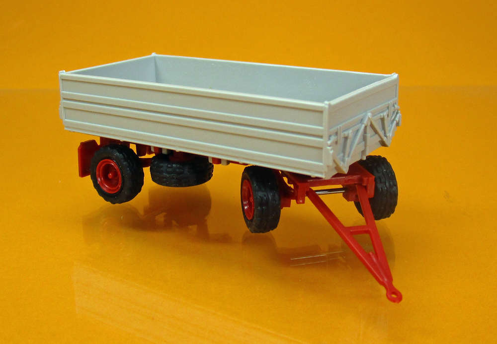 IFA Anhänger HW 80.11 grau - roter Rahmen - Modell-Car Zenker