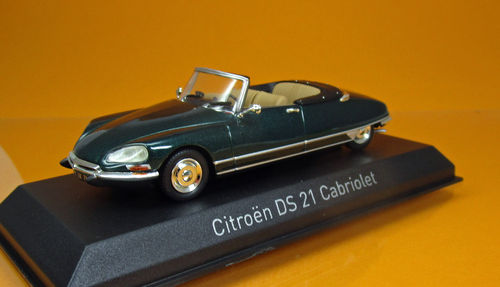 Citroen DS 21 Cabriolet - Forest Green - Modell 1971 - Scale 1/43