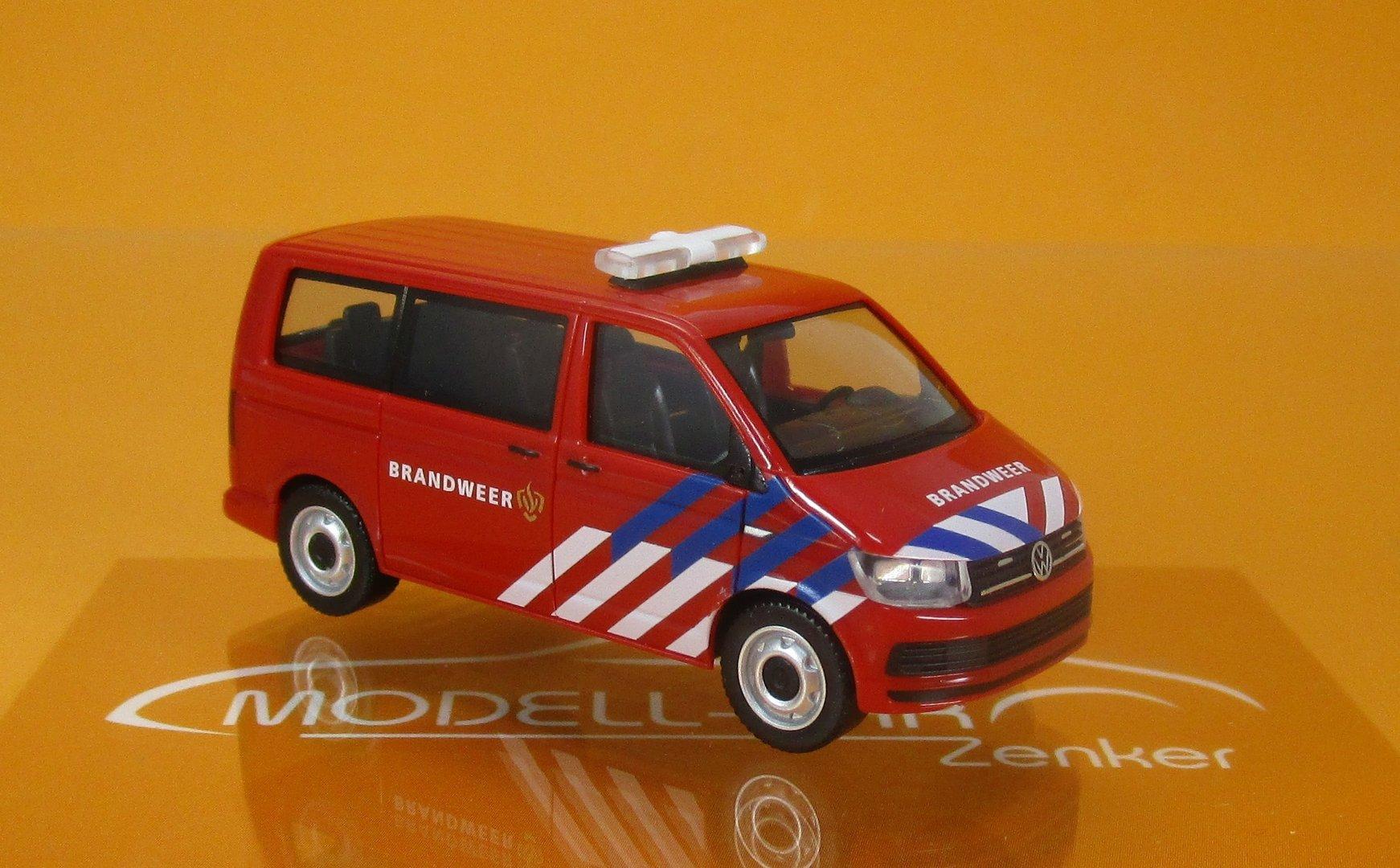 herpa  VW T6 BUS /</</</<  Brandweer Niederlande FEUERWEHR HOLLAND />/>/>/> 930987