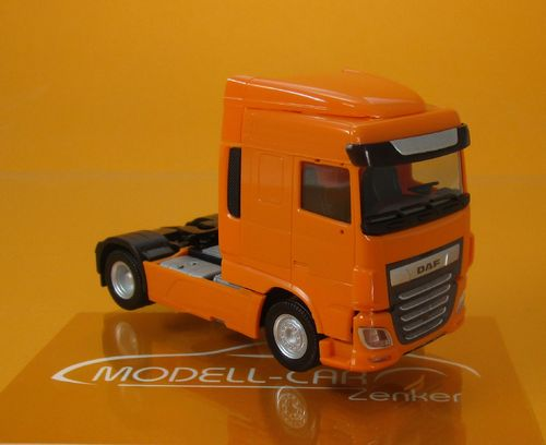 DAF XF Euro 6 SC Zugmaschine ( Modell 2017 - Facelift) - orange