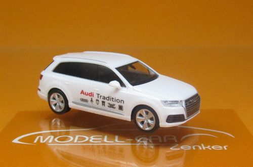 "Audi Q7 ""Audi Mobile Tradition"" 1 87"