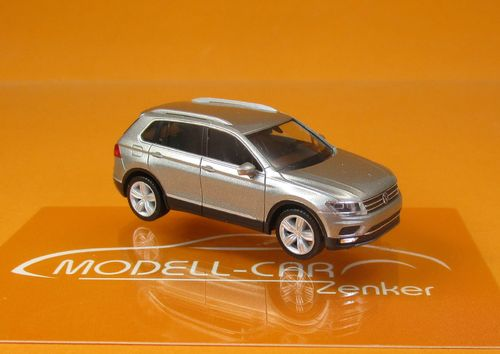 VW Tiguan Tungsten Silver metallic 1:87