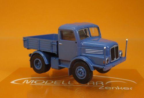 1//87 Brekina IFA 4000-1 Zugmaschine dunkelgrün schwarz 71451